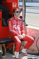 Dario Franchitti announces retirement month after crash