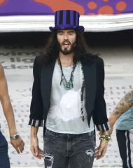 Russell Brand announces first world comedy tour