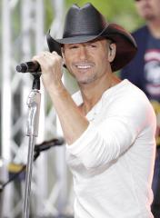 Tim McGraw resolves fan-slapping incident