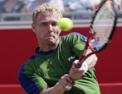 Tursunov among Eastbourne semifinalists
