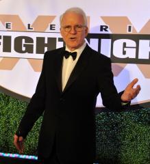 Steve Martin, Angela Lansbury accept honorary Oscars