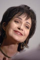 Annie Potts tapped for ABC dramedy pilot