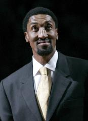 Bulls to honor Pippen with statue