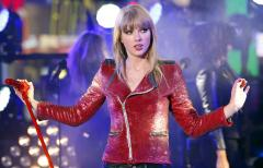'Red' tops U.S. album chart for a seventh week