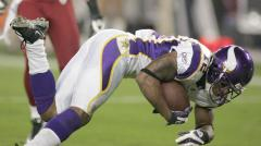 Vikings receiver collapses during practice