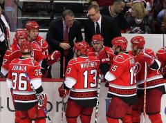 Hurricanes give Maurice 3-year deal