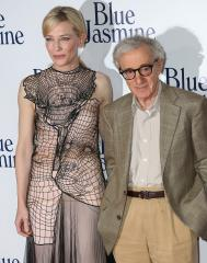 Woody Allen enjoys NYC dinner party during the Golden Globes