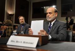 Bernanke predicts slow, steady growth