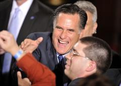 Mitch Daniels backs Romney
