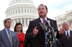 Politics 2014: Lee says GOP support grows for defunding Obamacare