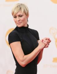 Robin Wright gets engaged to Ben Foster
