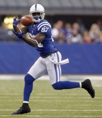 Colts' Wayne gets missing Bentley back