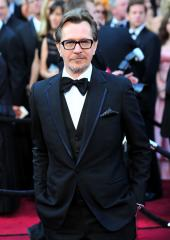 Gary Oldman says he is 'profoundly sorry' for his controversial Playboy interview