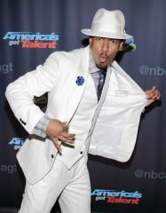 Nick Cannon to host 'Lifestyles of the Rich and Famous'