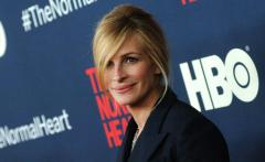 Julia Roberts reveals why she passed on 'Sleepless in Seattle'