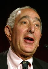 Ben Stein drops out of graduation ceremony