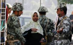 Egyptians begin third round of voting