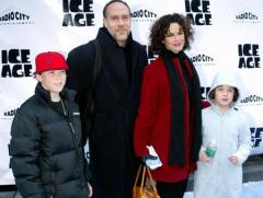 Elizabeth Vargas' husband addresses infidelity rumors