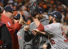 MLB: San Francisco 7, St. Louis 1