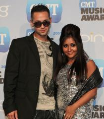 'Jersey Shore' cast joins 'Divas' lineup