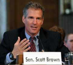 Scott Brown resigns from Fla. company board