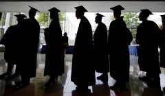 Higher high school grades linked to higher earnings in adulthood