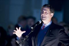 Santorum leading in Michigan poll