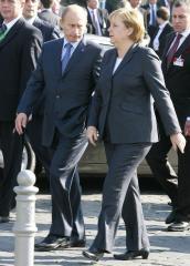 Angela Merkel: Germany will back new Russia sanctions