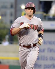 Diamondbacks eke past the Reds