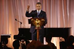 Obama signs executive order to establish advisory council on investment in Africa