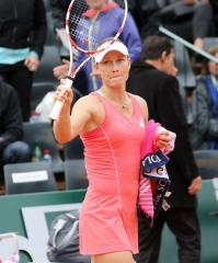 Stosur wins in Southern California Open first round