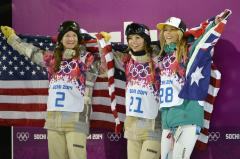 Farrington puts life in U.S. effort with snowboard gold