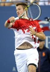 Jack Sock surprises Raonic in Memphis