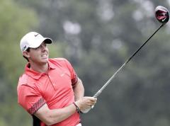 McIlroy leads Dubai Desert Classic