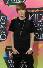 Bieber announces N. American tour dates