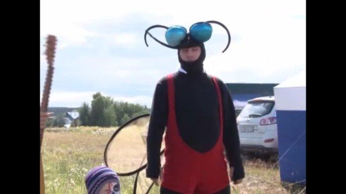 Watch: Mosquitoes celebrated in Berezniki - UPI.com - UPI.com