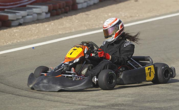 14 Year Old Texas Girl Killed Racing Go Karts Upi Com