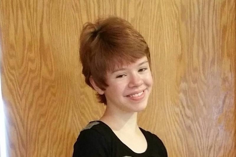 Teen injured in Kalamazoo shootings now breathing on her own