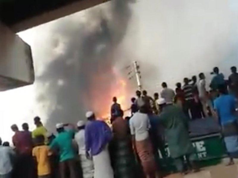 At least 25 dead after huge fire at factory in Bangladesh