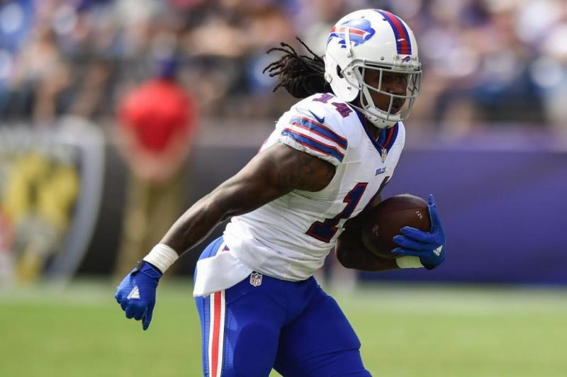 No practice yet for Watkins; White takes 1st team reps for Darby