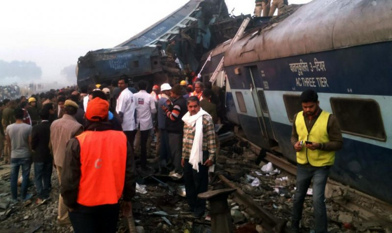 Recovery operation begins after India train derailment kills over 110 people