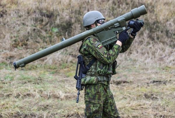 Armée lituanienne/Lithuanian Armed Forces - Page 3 Lithuania-receives-Polish-shoulder-fired-air-defense-missiles