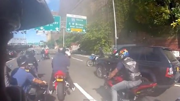 Bikers In Nyc Attack Bikers attack SUV driver in