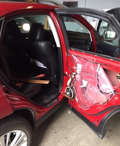 bear breaks into car for protein bar feast. Black Bedroom Furniture Sets. Home Design Ideas