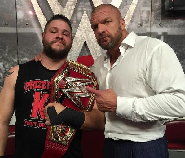 Triple H Helps Kevin Owens Win WWE Universal Championship On Raw