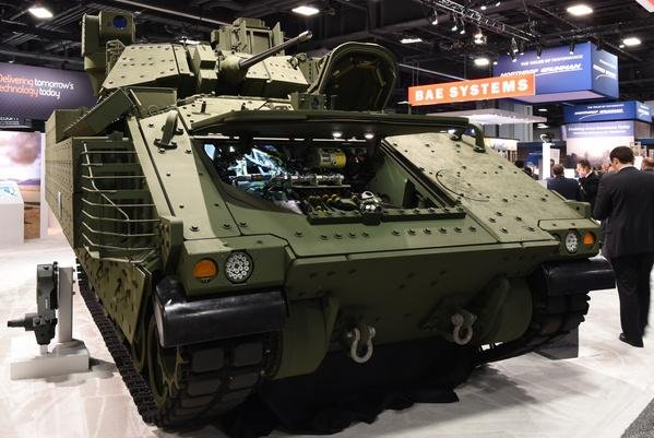 Vehicle Display Systems : Prototype next gen bradley fighting vehicle unveiled upi
