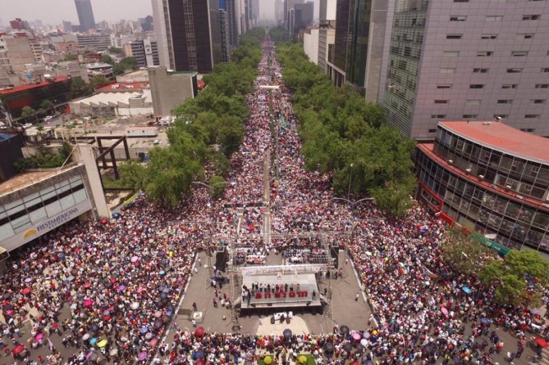 Mexico teachers union threatens 'greater intensity' in protests over education reforms