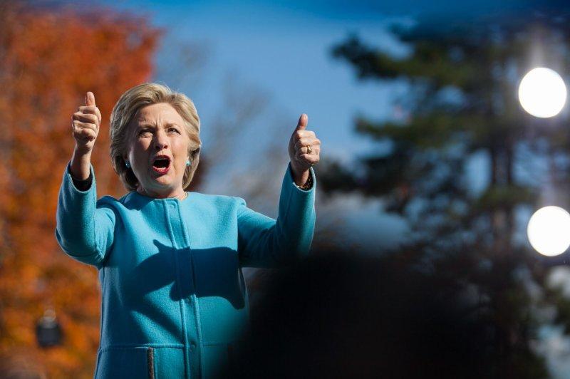 Hillary Clinton Leads Donald Trump in North Carolina, Race Tied in Florida