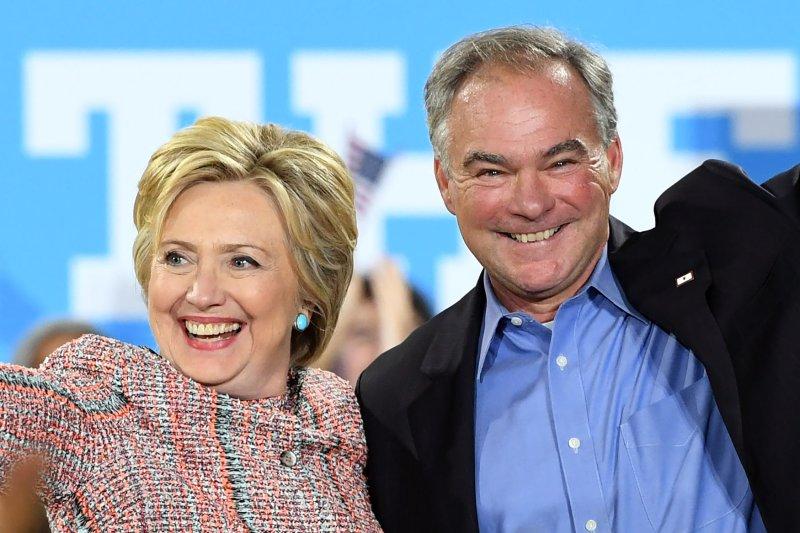 Resultado de imagen para Tim Kaine y Hillary Clinton