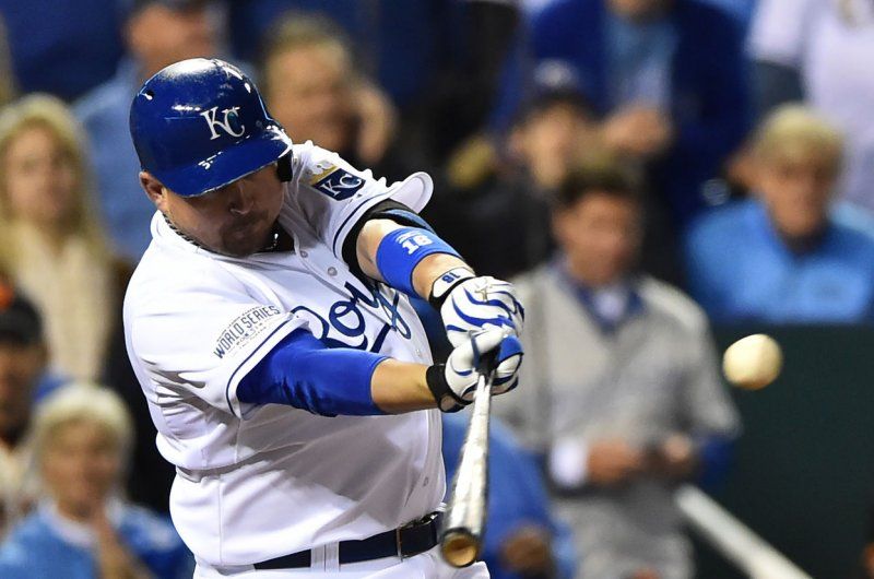 Yankees sign DH Billy Butler, start him vs Red Sox